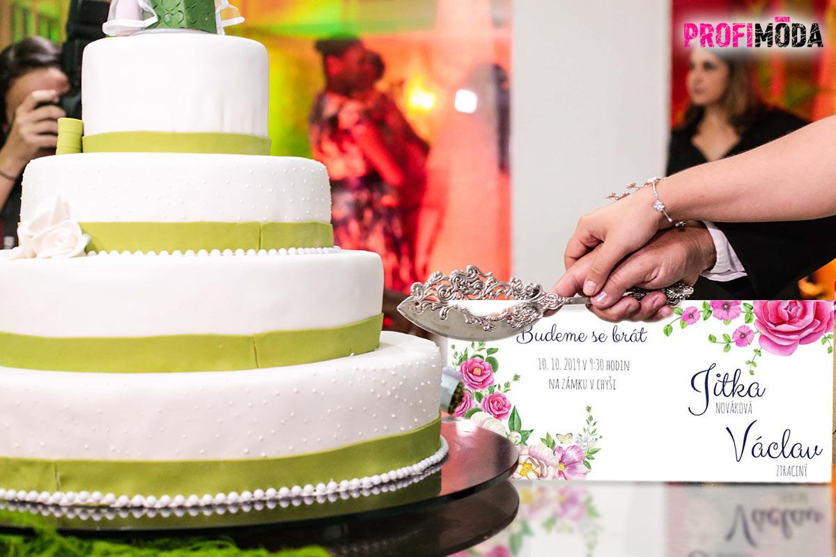 Plánujete svatbu? Nezapomeňte na svatební oznámení, na pozvánky, ale ani na jmenovky na svatební stůl.