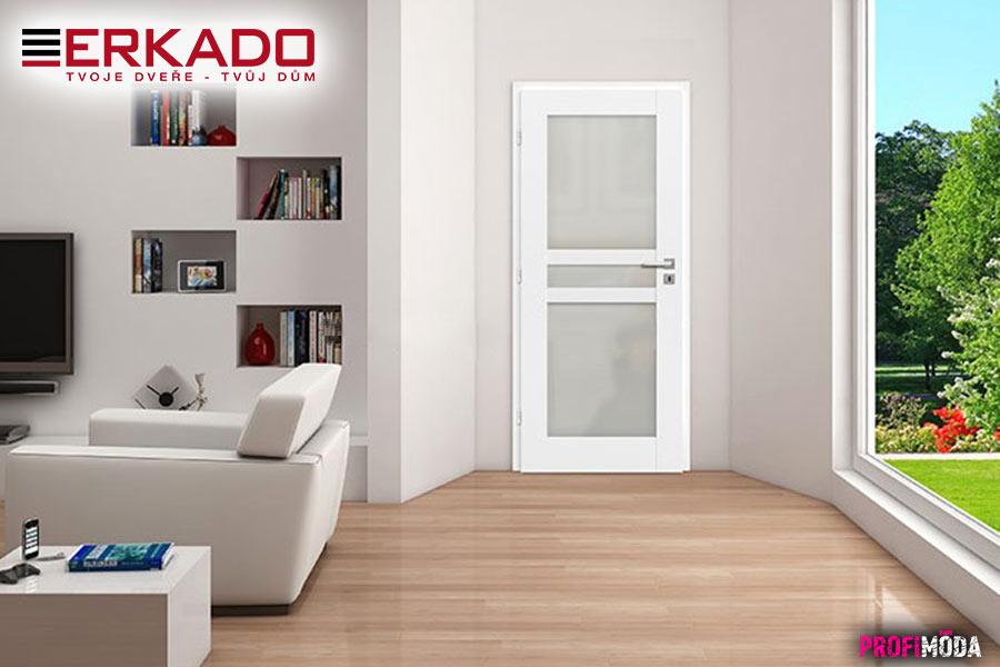 Dveře v tradiční bílé barvě, jako mají interiérové dveře Forsycie 4, jsou stále žádané.