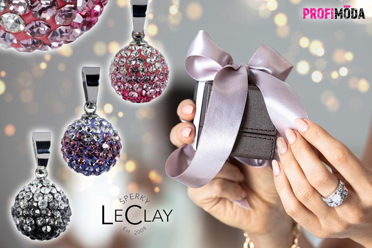 Krystaly nerezové oceli sluší. Je to kombinace ideální nejen pro vánoční dárky.