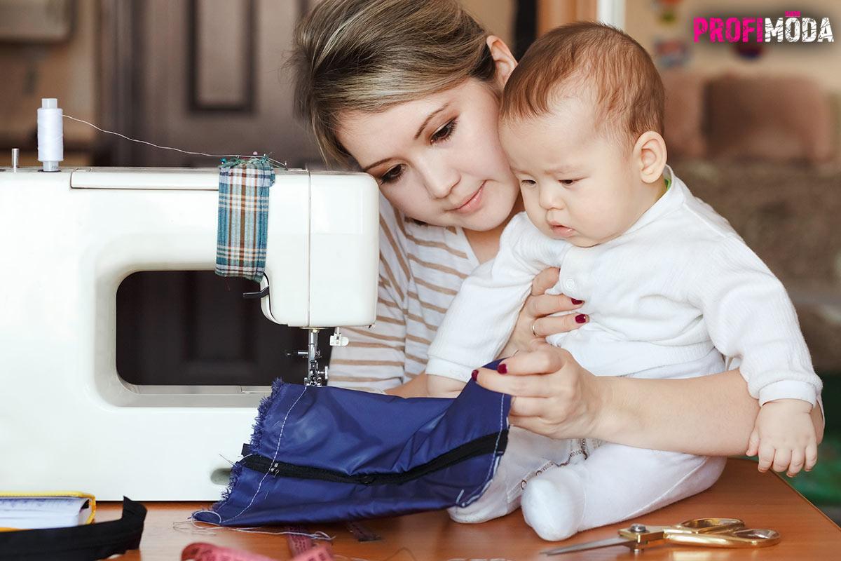 Šijeme dětem na podzim a v zimě 2019/2020: Mnoho žen sáhne po šicím stroji po létech právě ve chvíli, kdy se jim narodí dítě. Řadu věcí pro něj zvládneme ušít i s minimem zkušeností. Například deku z jemného 3D minky materiálu.